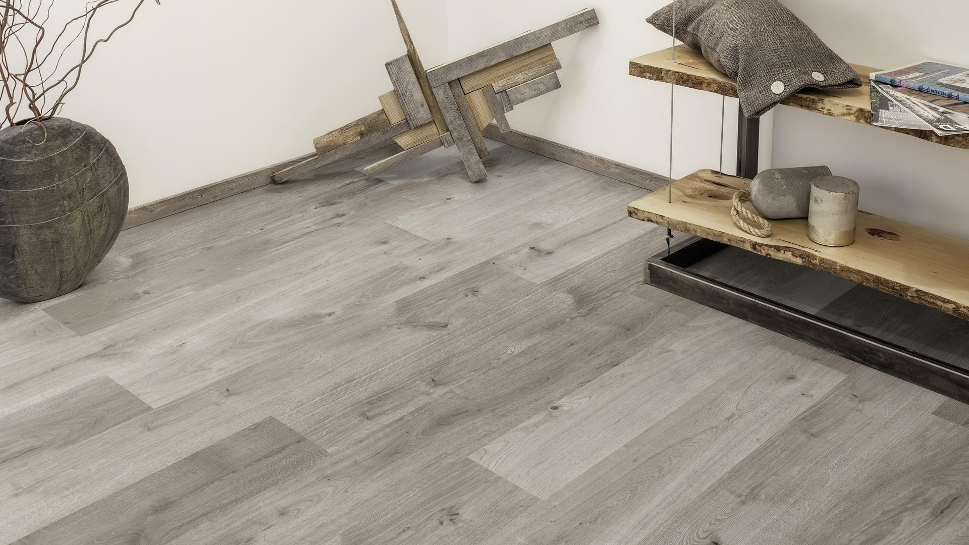 room scene living room wood floor Veneer Parquet O523 Oak Naverina LM
