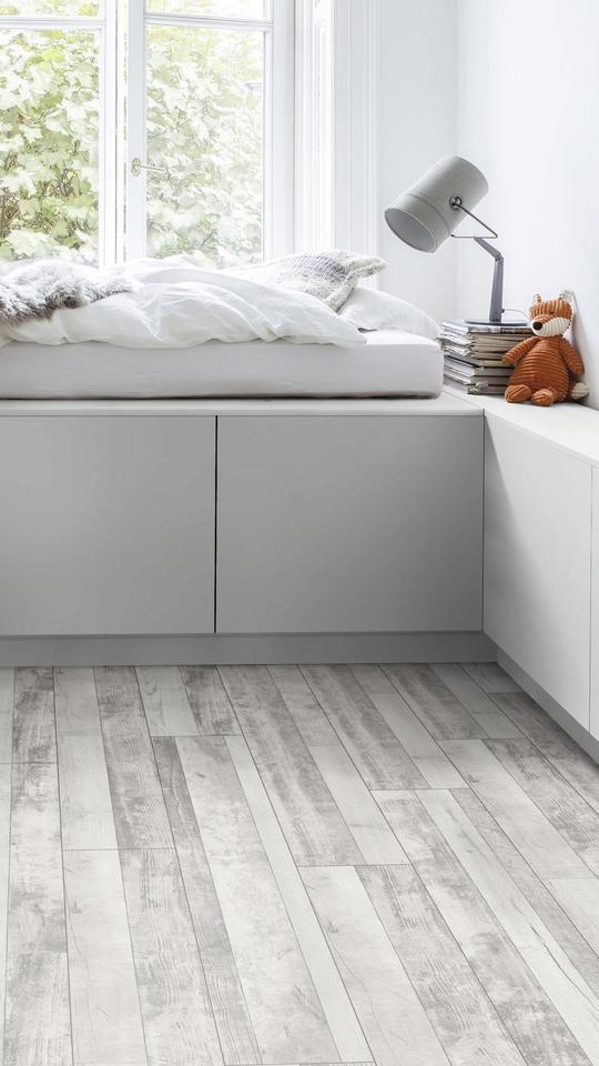 K5271 Pine Multistrip Country Vs, Country Living Laminate Flooring