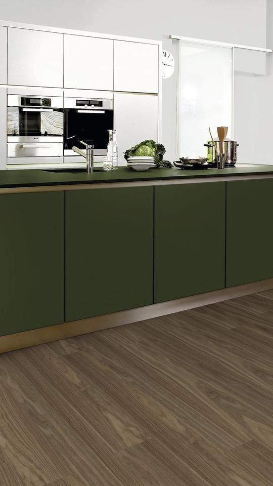 25736 Nm Moss Green Board Kaindl, Green Laminate Flooring