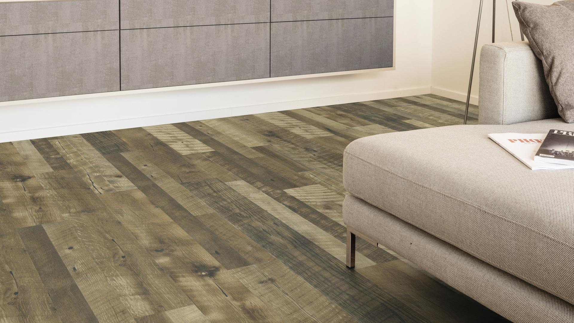 room scene living room Laminate flooring Easy Touch O371 Oak Natura LM