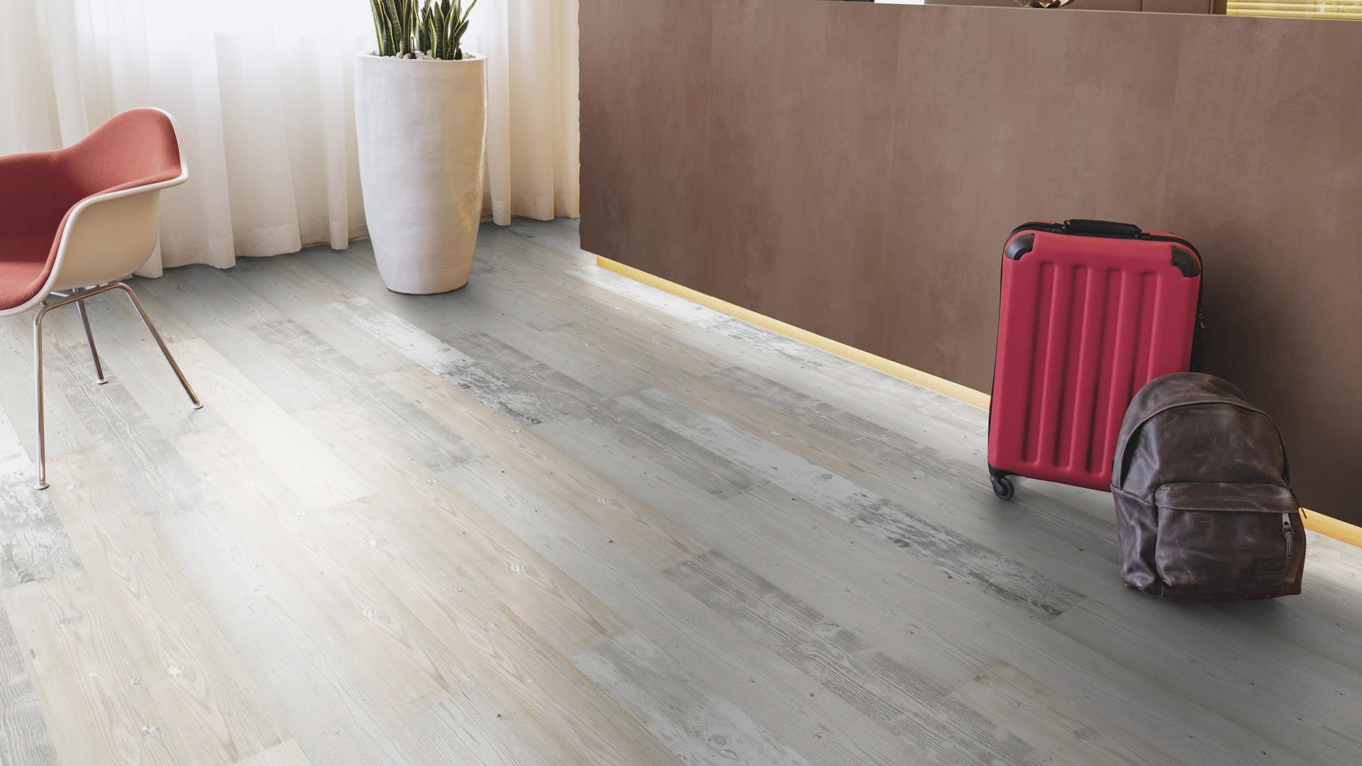 rooms cene reception Laminate flooring Easy Touch O021 Oak Tradition LM