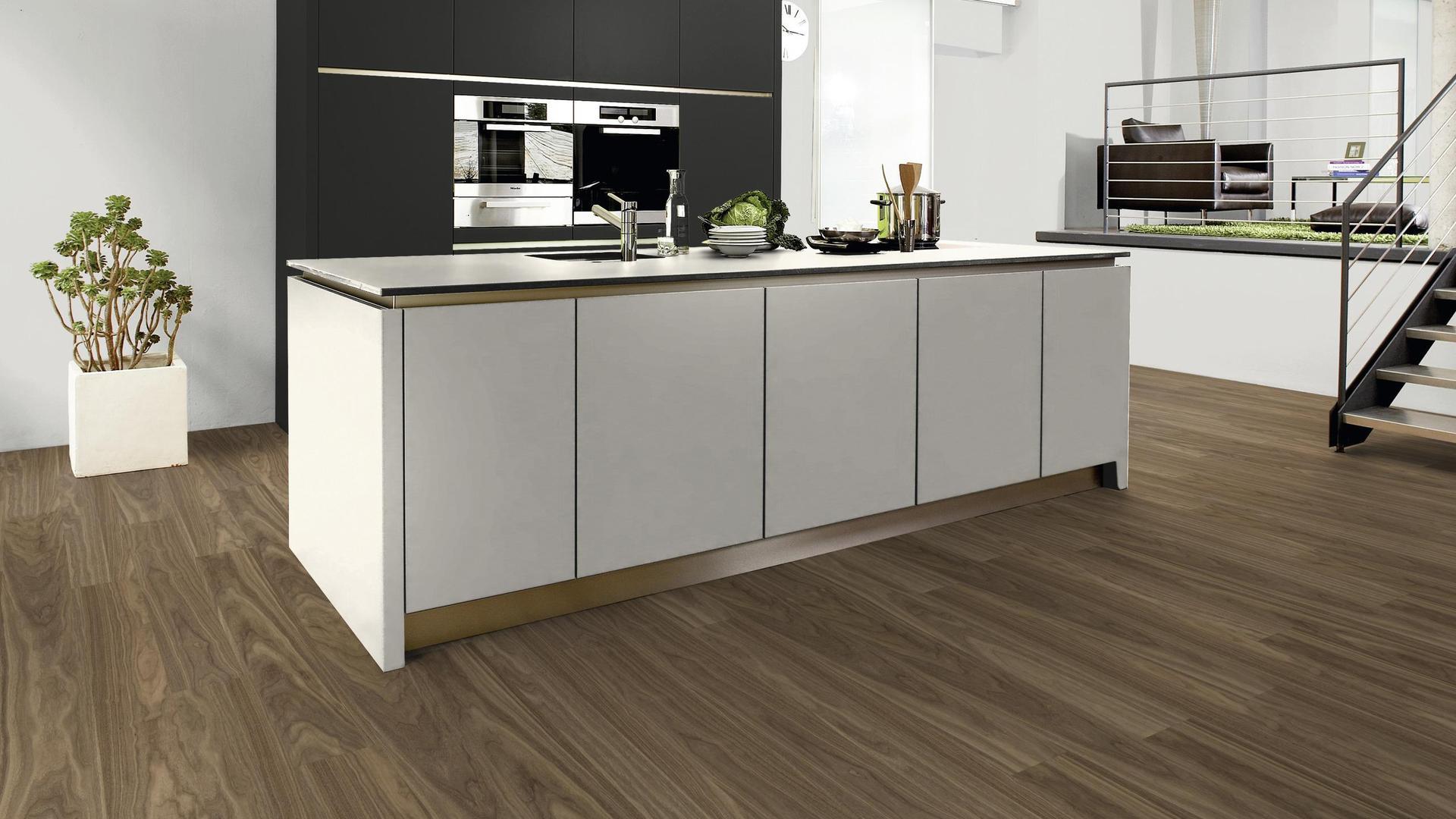 2507 Um Magnolia Board Kaindl, Magnolia Laminate Flooring