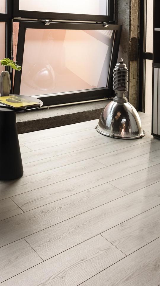 K4419 Oak Evoke Delight Ri, Laminate Flooring Ri