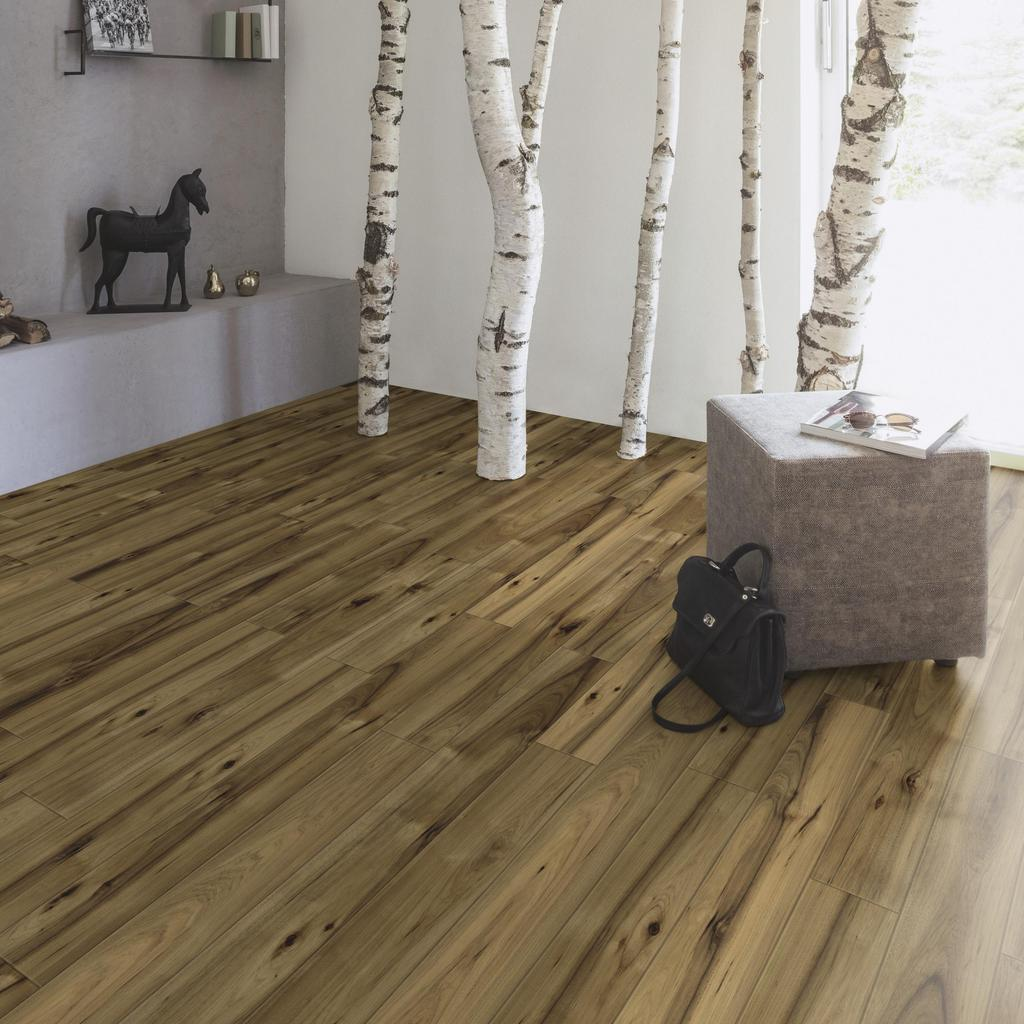 room scene living room Laminate flooring Easy Touch O071 Hickory Barista LM-S