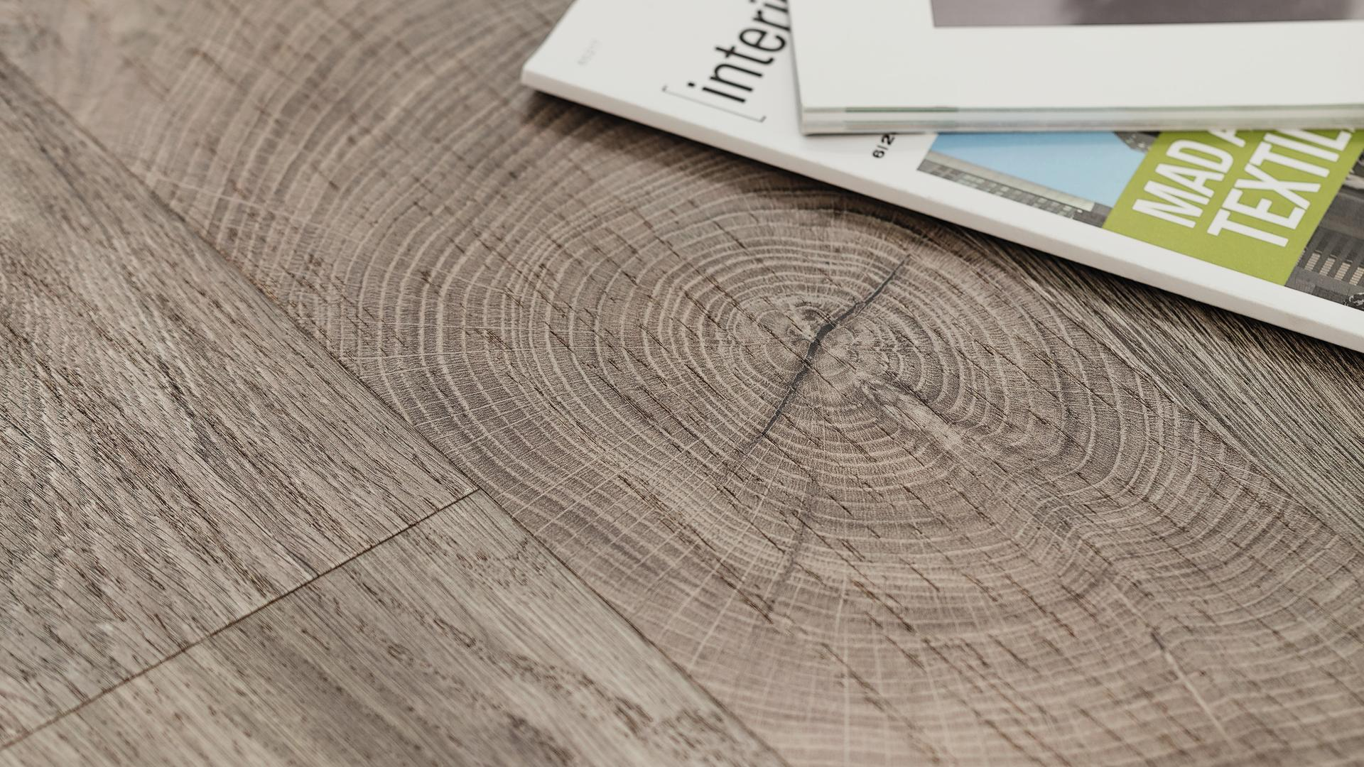 room scene detail wood floor Veneer Parquet O252 Oak Fresco Earth LM